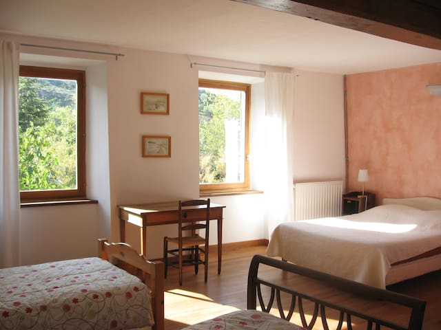 Le Jardin Clos - Antugnac - Bed & Breakfast