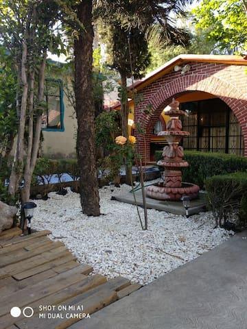 CASA DE LA FUENTE. Comodidad y excelente ubicación