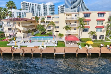 Direct Beach / Intracoastal lifestyle
