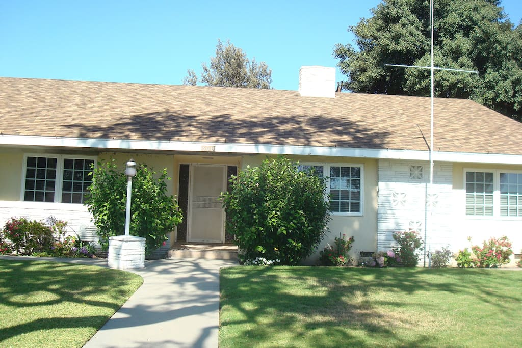 Nice Cozy Rooms For Rent By Disneyland Resort Houses For