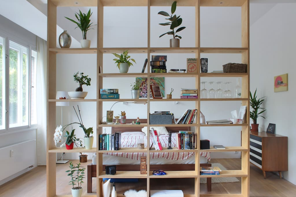 Tailor made wooden shelf