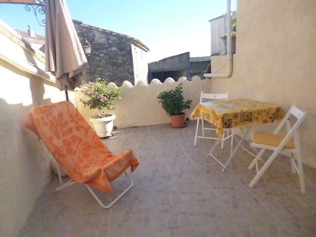 appartement dans petit village