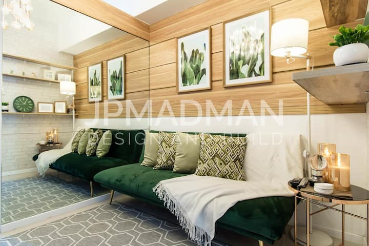 Mall of Asia - Modern Tropical - 1 bedroom