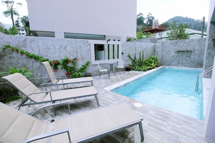 Chic Townhome with great views and private pool - Phuket - Townhouse