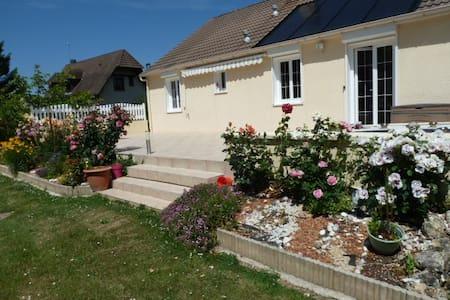 MAISON   contenporaine - La Croisille - House