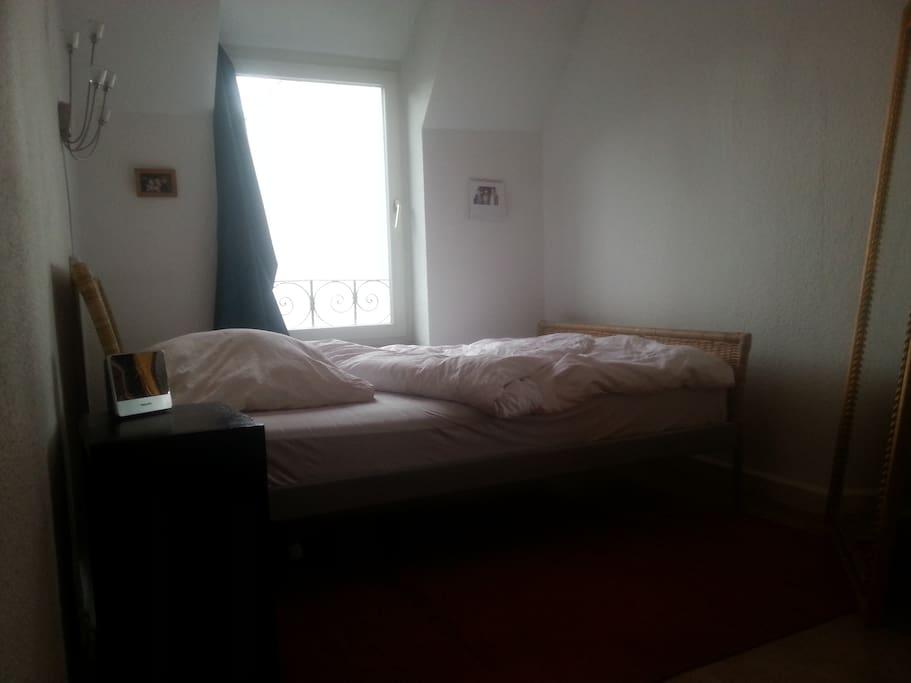 2 zimmer wohn und schlafzimmer wohnungen zur miete in k ln nordrhein westfalen deutschland. Black Bedroom Furniture Sets. Home Design Ideas