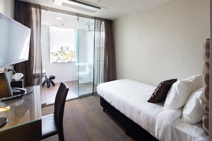 57 Single - 1 Single Bed