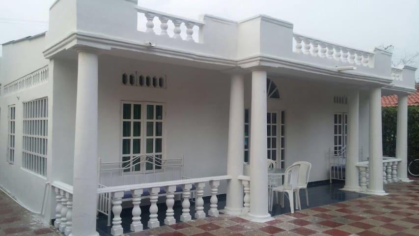 Maravillosa Casa Quinta de Melgar - Melgar