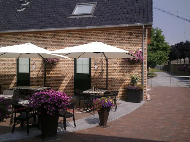 de Taller-Hoeve, B&B - Maasmechelen - Bed & Breakfast