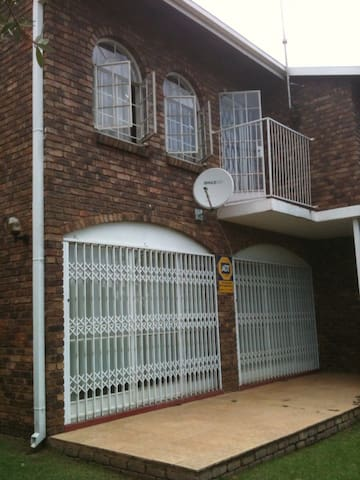 accomodation in Pretoria - Pretoria - Byt