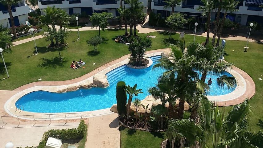 2b Flat -Alicante, Playa Flamenca,