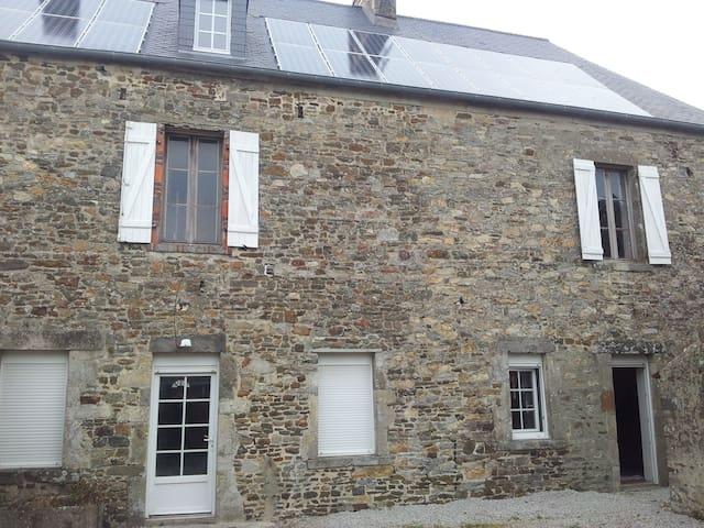 Maison proche de la mer denneville - Denneville - House