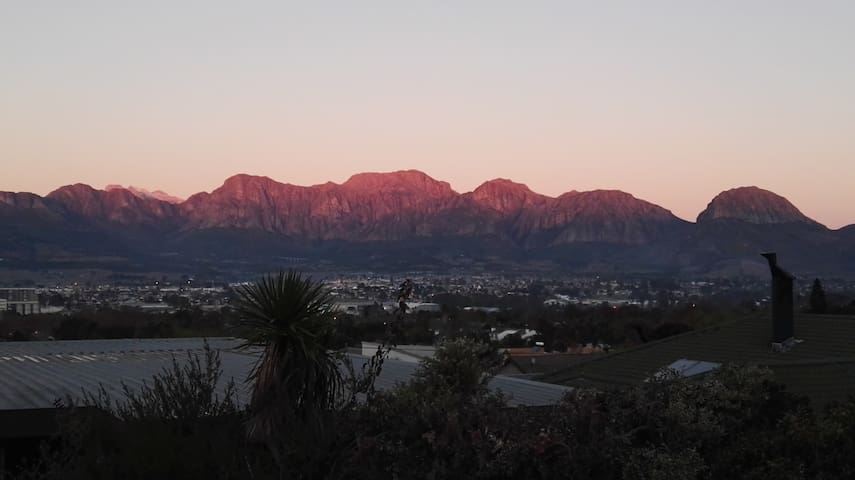 Rooms with a view in Paarl - Paarl - House