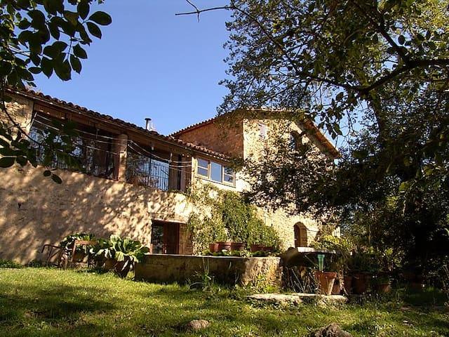 Espai i temps per gaudir de la natura al pirineu - Les Llosses - Villa