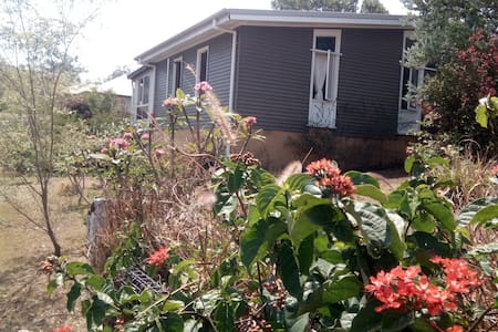 Kyogle Corner Cottage - LUXE Self-Contained Suite