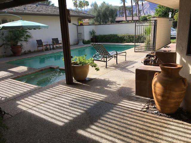 Rancho Mirage Pool Home, Private Room/Bath - Rancho Mirage - Casa