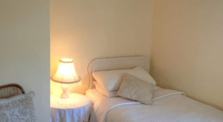 Triple room in Danabel 3* B&B