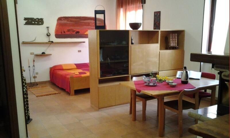 Relax e cura dei dettagli - Castello Cabiaglio - Bed & Breakfast