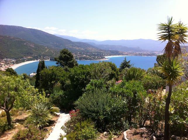villa pleine vue mer - sagone - Hus