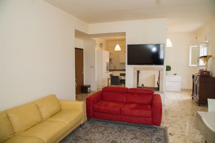Appartamento nuovo zona centro S.Vito dei Normanni - San Vito dei Normanni - Pis