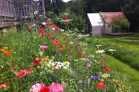 The Dye House: peaceful retreat, just outside Bath