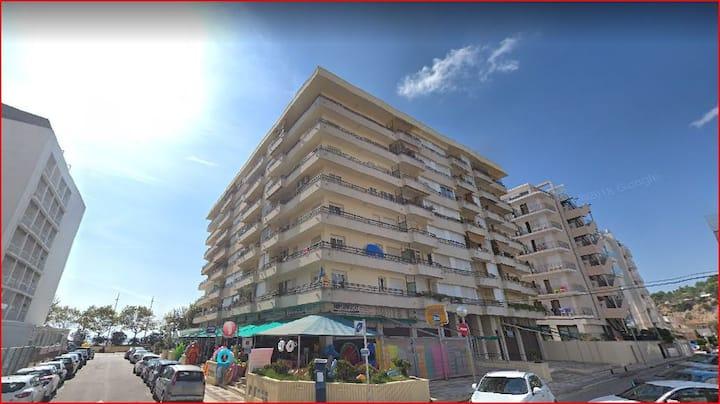 Apartamento luminoso con vistas en Calella