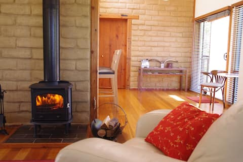 Lyrebird Cottages, Silver Wattle,  Yarra Valley