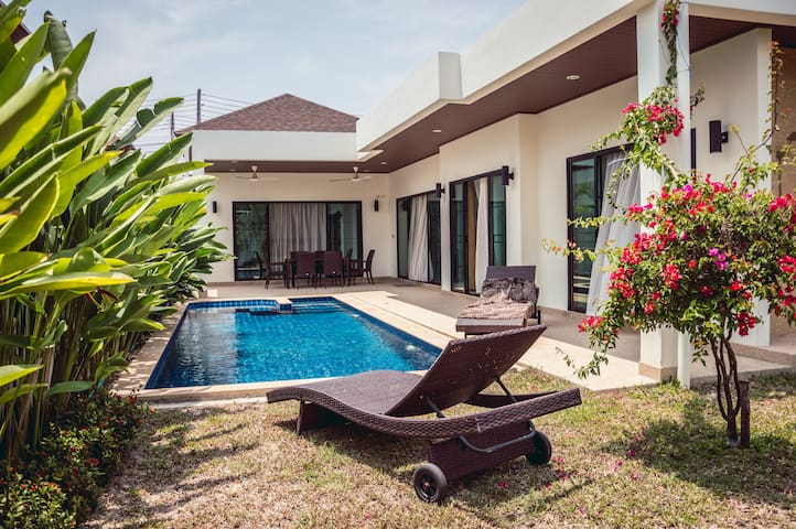Villa Eclipse Rawai 3 bedroom