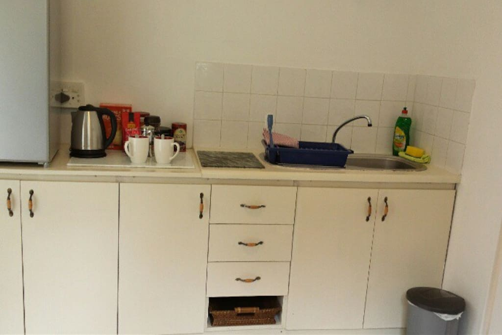 Festival Flat for 2, has private kitchen for self catering.