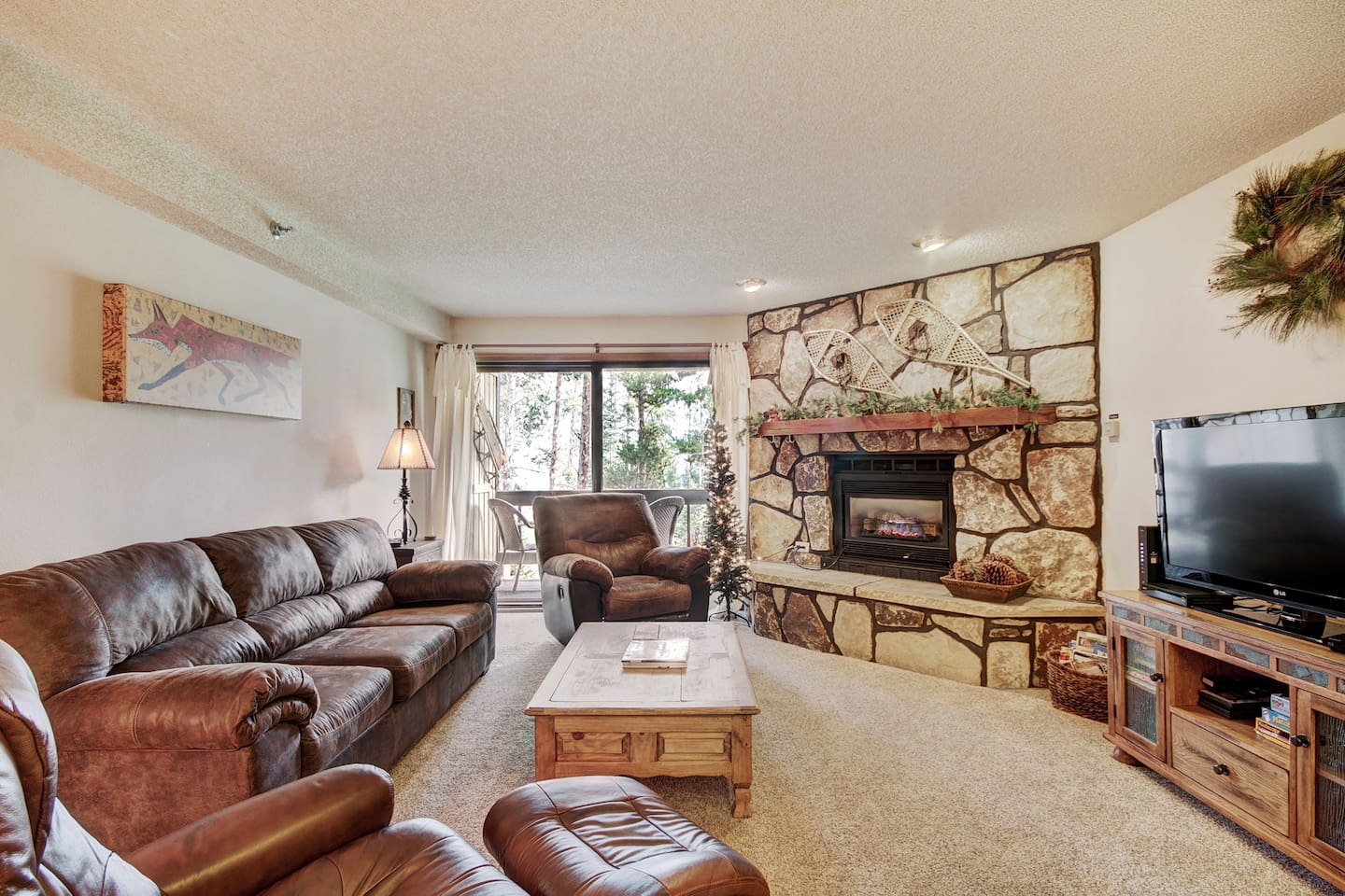 For comfort, convenience and affordability look no further than the Atrium condos in Breckenridge