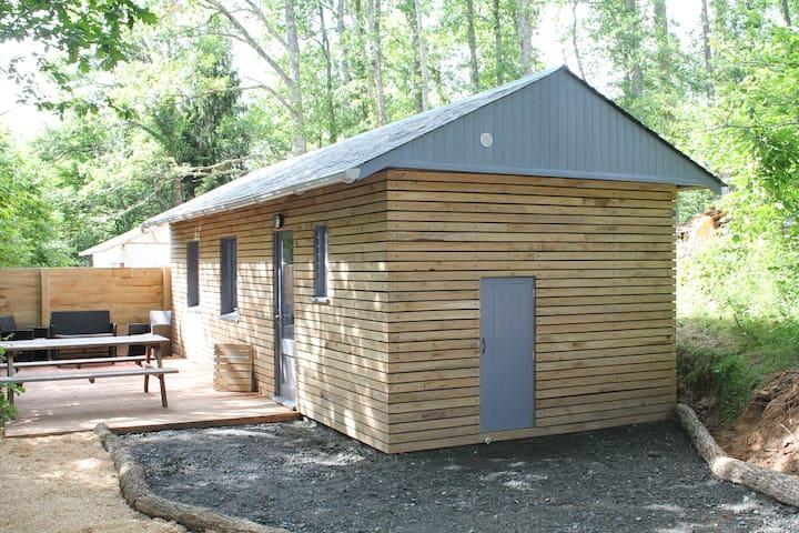 Chalet on a Rural Campsite - Condat-sur-Ganaveix - Chalet