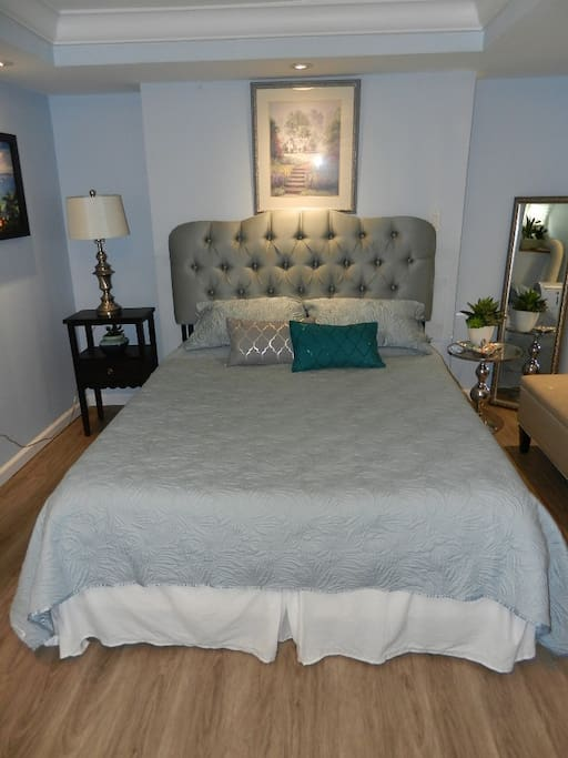 Comfortable & Clean Bed. Fresh sheets and Bedding
