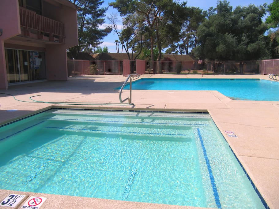 Your own private townhome 10 minutes from strip for Pool spa patio show las vegas