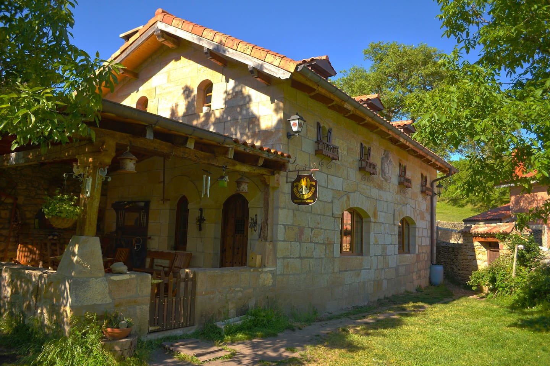 Exterior de la casa: Fachada