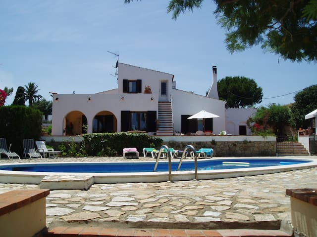 Magnificient villa with privat pool - Escala - Villa