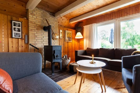 Holiday home at childfriendly beach - Ørsted - Ev