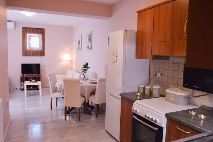 Cosy,fully renovated apt in the centre of Rethymno