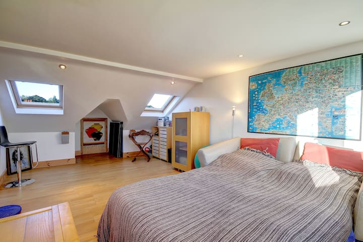 Super London Loft En-Suite Bio B&B Eco-Friendly