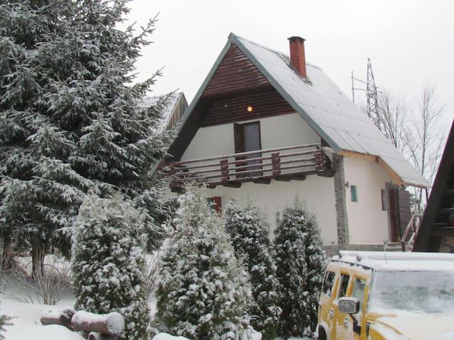 Planinska kuća Stojanovski