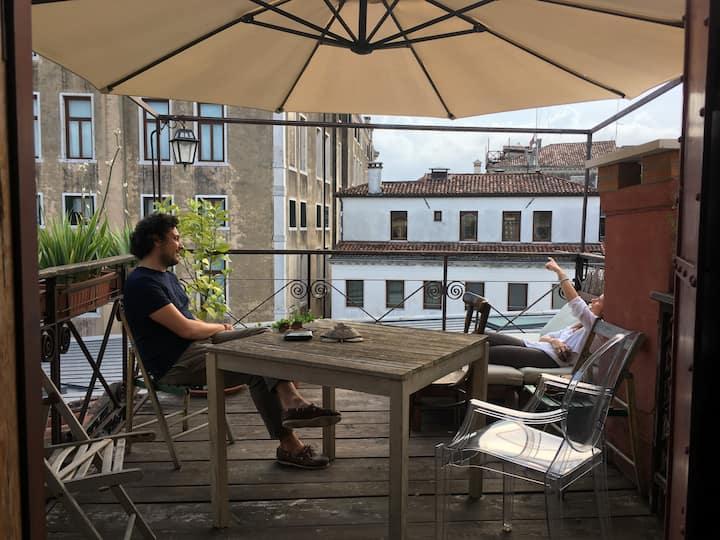 Rooftop terrace suite apart
