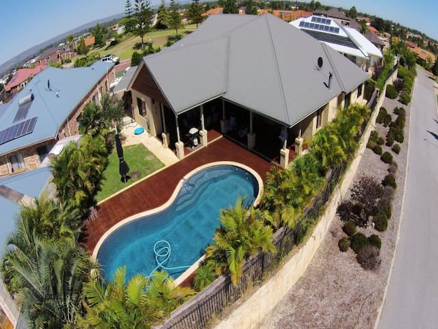 Resort Style Home - Ellenbrook - House