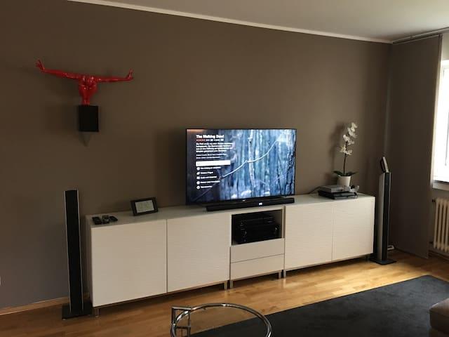 Big modern Room in 3 - Room-Flat