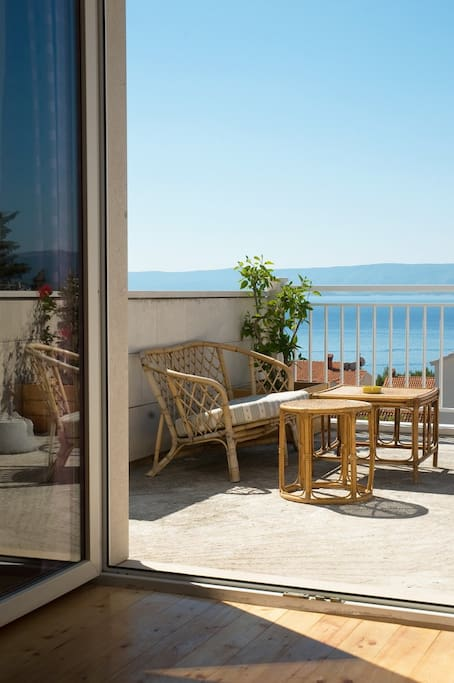 25m2 of terrace overlooking at the Adriatic
