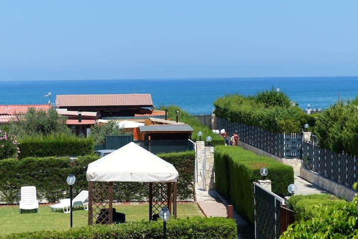 Villetta a Campofelice di Roccella - Campofelice di Roccella