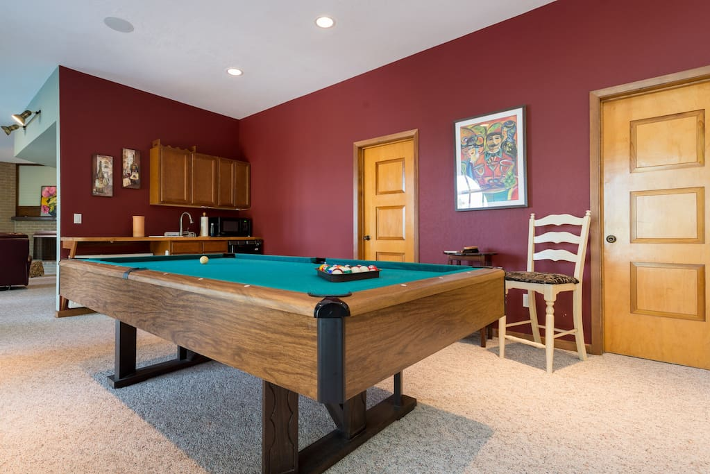 Shared area w/pool table