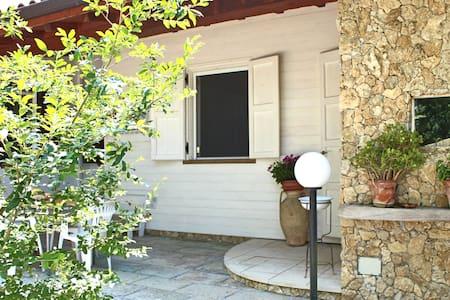 Stone dependance in Salento-Puglia! - Cutrofiano