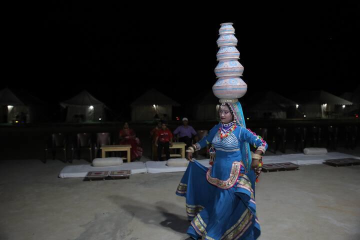 Bhati Desert Camp Samp Jaisalmer Deluxe Room