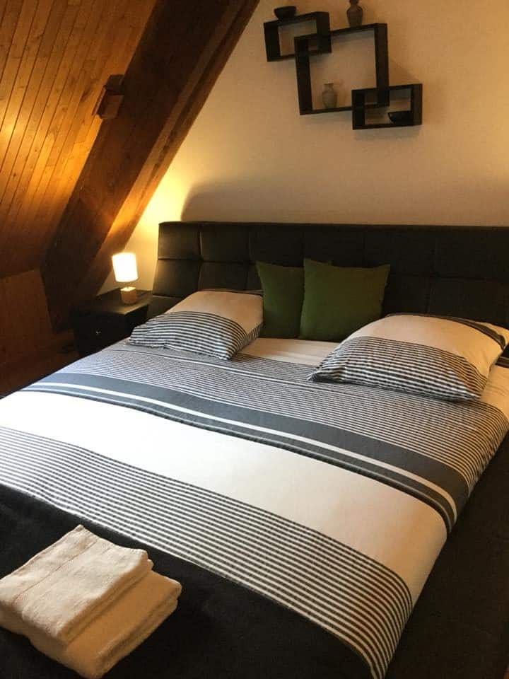 """Chambre d'hôte """"La Valse"""" + jacuzzi/spa"""