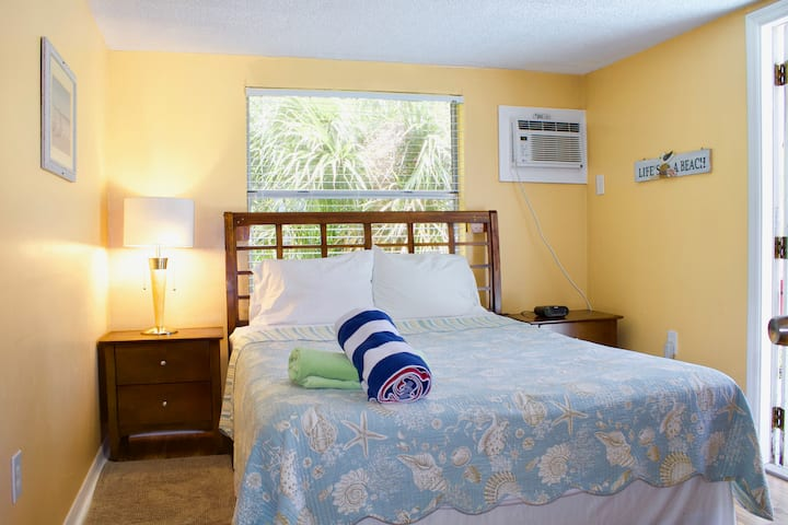 Sandy Beach Hotel - Studio Suite, Partial Sea View