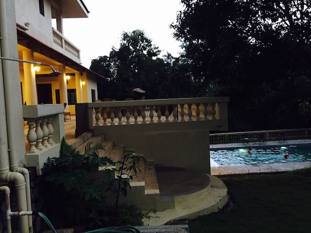 Anisha villa 2 bed + hall in kashid - Kashid